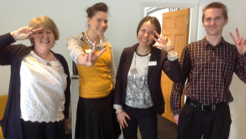 Social Progress and Creative Analysis - Group Photo - Bridge House - Retro Friday 2015