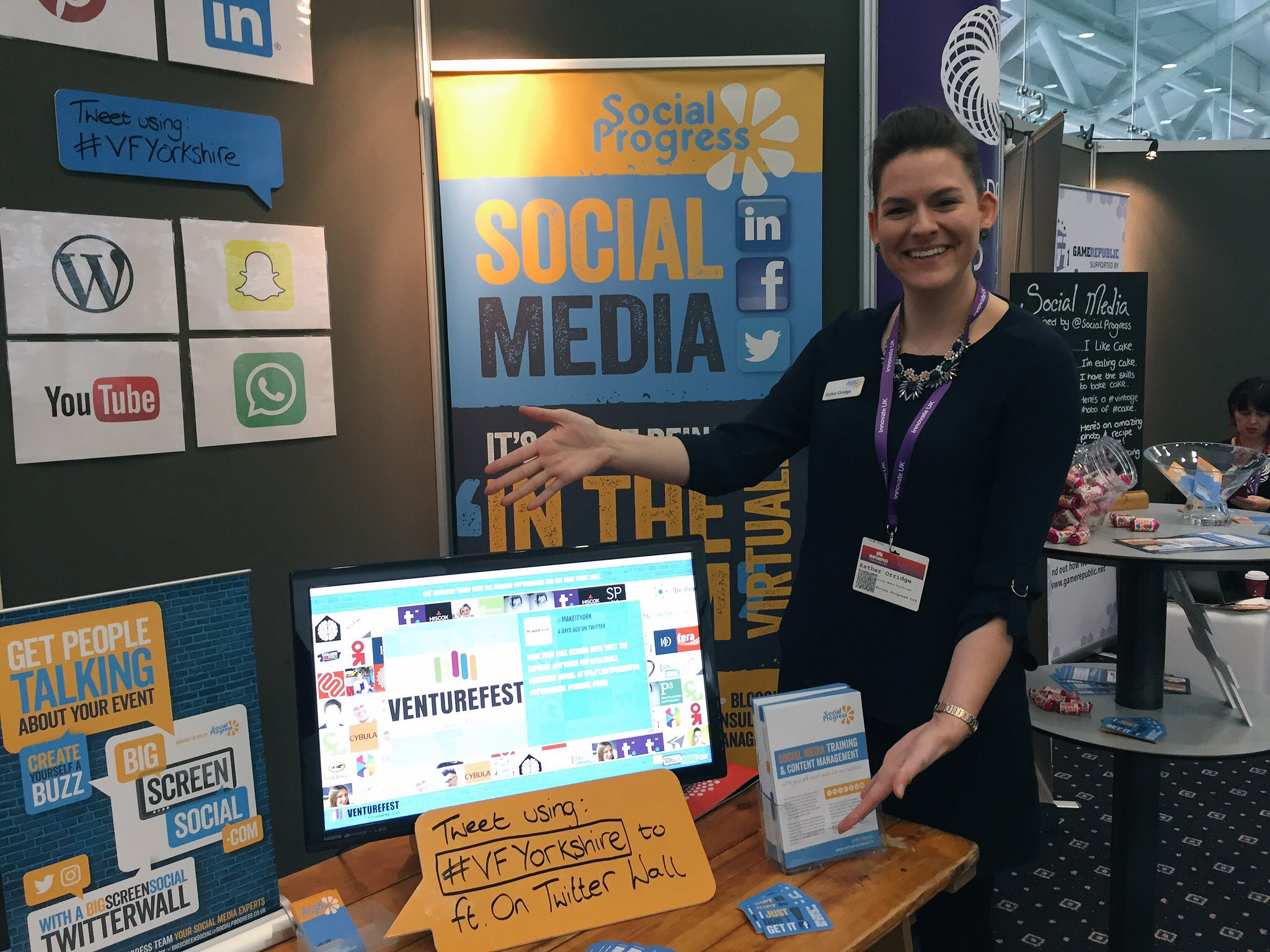 Social Progress Ltd - Venturefest Yorkshire 2016 - Big Screen Social - Social Media Training Yorkshire - Twitter Wall